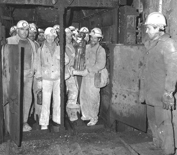 SB003 dans Les Mineurs