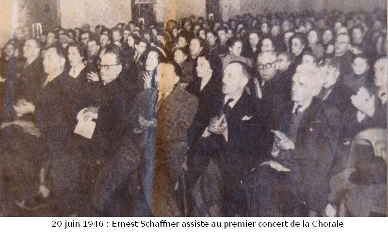 1946spectateurs chorale dans Les Hommes